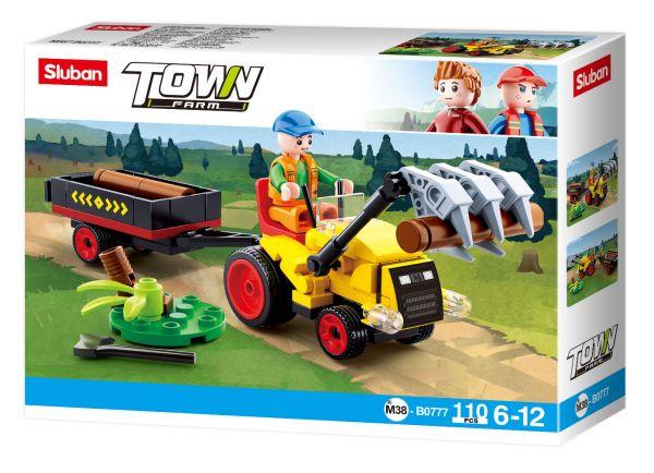 Traktor mit Baumstämmen
